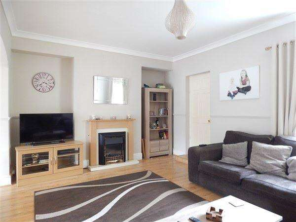 3 Bedrooms Terraced House for sale in Richmond Road, Six Bells, NP13 2PF