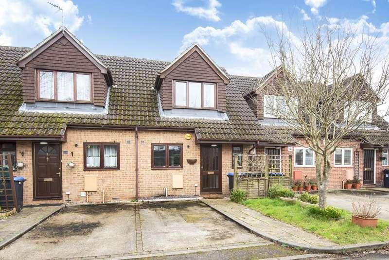 2 Bedrooms House for sale in Woking, Old Woking, GU22