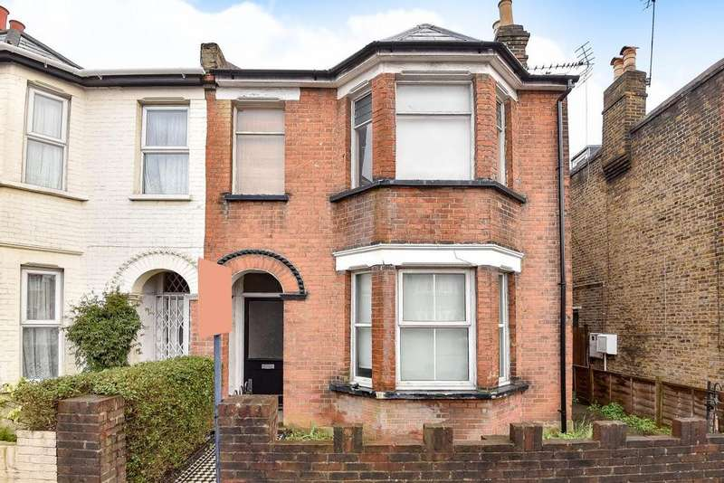 4 Bedrooms Semi Detached House for sale in Worple Road, Raynes Park