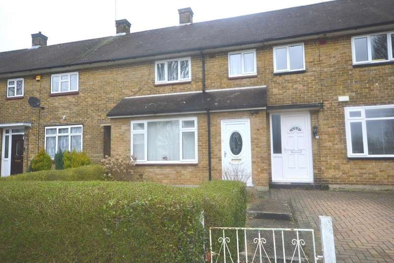 2 Bedrooms Terraced House for sale in Paines Brook Way, Harold Hill, Romford, Essex, RM3