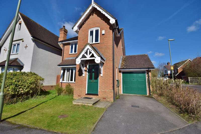 3 Bedrooms Detached House for sale in Speckled Wood Road, Basingstoke, RG24