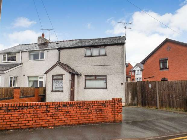 2 Bedrooms Semi Detached House for sale in Brook Street, Rhosllanerchrugog, Wrexham