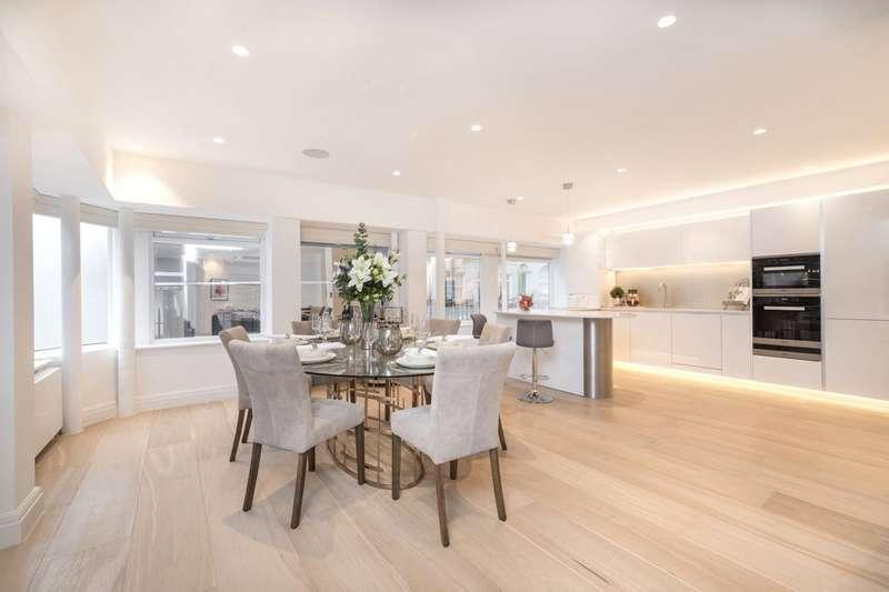 2 Bedrooms Maisonette Flat for sale in Cleveland Street, London, W1T
