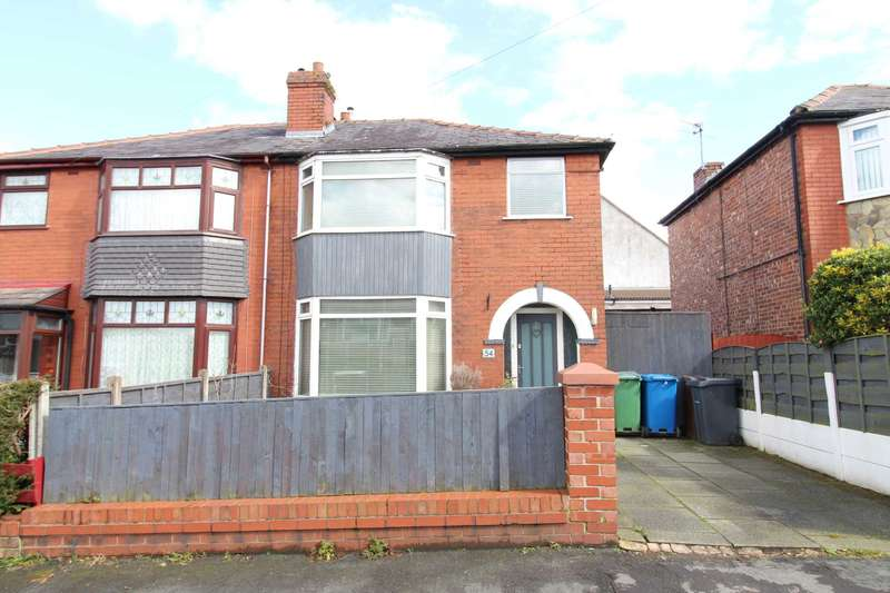 3 Bedrooms Semi Detached House for sale in Duckworth Road, Prestwich