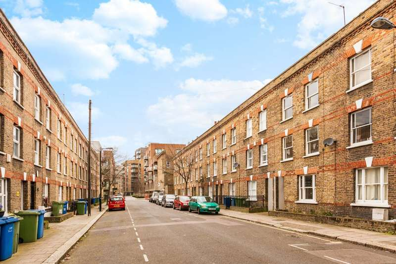 3 Bedrooms House for sale in Henshaw Street, Elephant and Castle, SE17