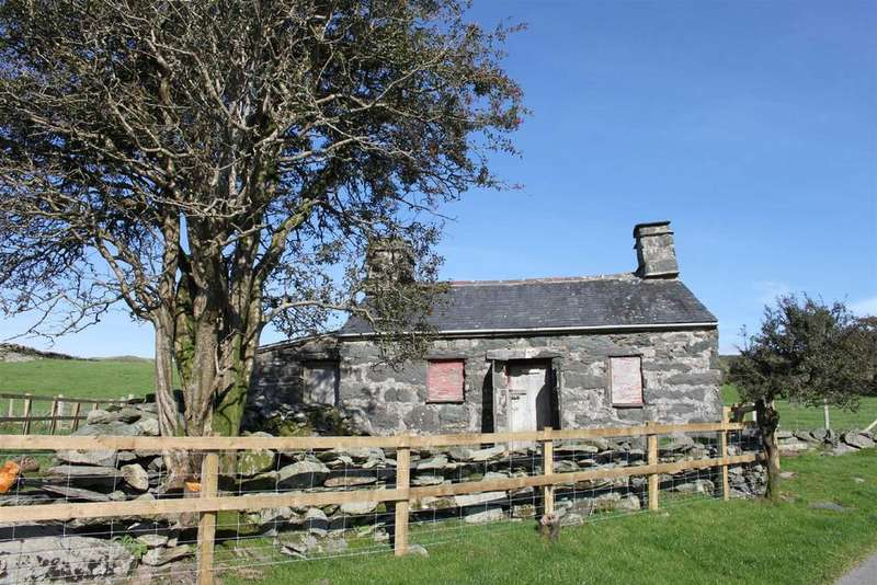 Cottage House for sale in Cwmystradllyn, Garndolbenmaen