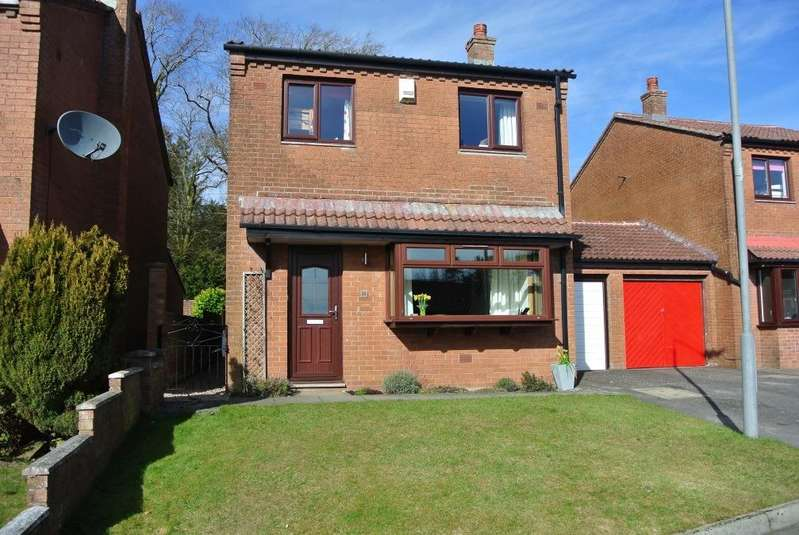 3 Bedrooms Detached House for sale in 30 Pinewood Walk, Strathaven, ML10 6UL