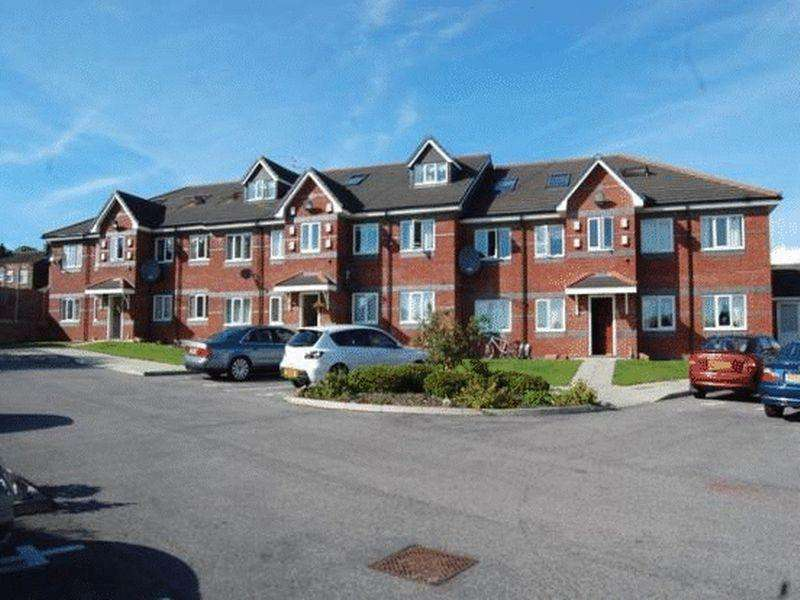 2 Bedrooms Apartment Flat for sale in Randle Mews, Widnes
