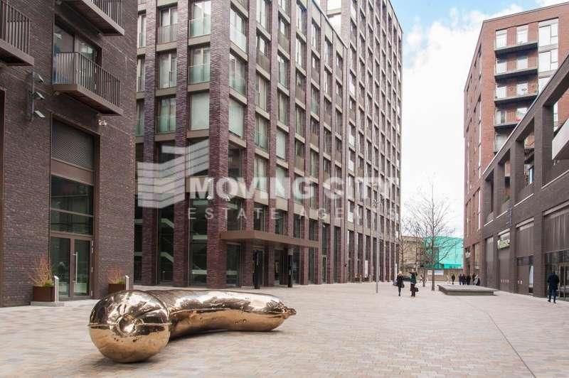 2 Bedrooms Apartment Flat for sale in Legacy Building, Embassy Gardens, Nine Elms lane, London, SW8