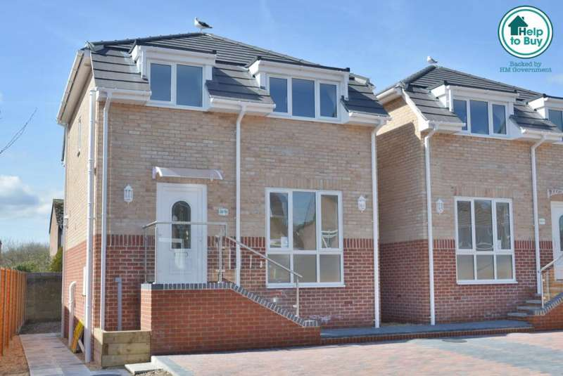 3 Bedrooms Detached House for sale in The Quadrant, Blandford Road, Poole, BH16 5BW