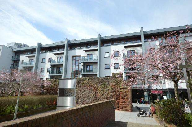 1 Bedroom Flat for sale in Trinity Apartments, 3 Roman Walk, Exeter, Devon