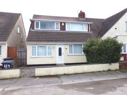4 Bedrooms Bungalow for sale in Foryd Road, Kinmel Bay, Conwy, LL18