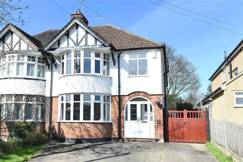 4 Bedrooms Semi Detached House for sale in Cassiobury Park Avenue, Watford, Hertfordshire, WD18
