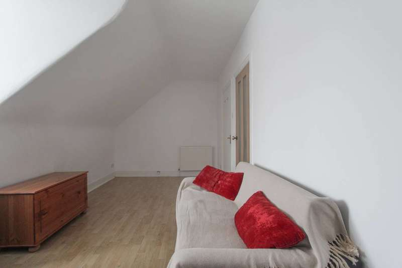 1 Bedroom Maisonette Flat for sale in Ash Grove, Cricklewood, NW2