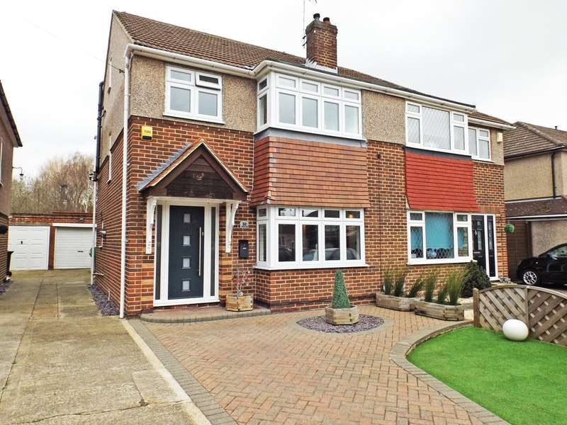 4 Bedrooms Semi Detached House for sale in Montayne Road, Waltham Cross, Hertfordshire, EN8