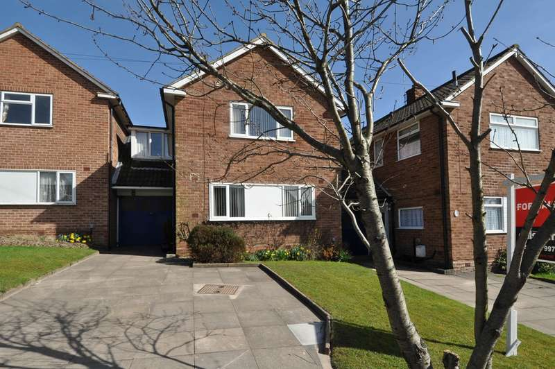 3 Bedrooms Link Detached House for sale in Black Haynes Road, Bournville Village Trust, Birmingham, B29