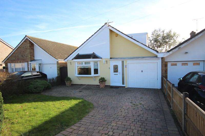 3 Bedrooms Detached Bungalow for sale in Colthorpe Road, Clacton-On-Sea