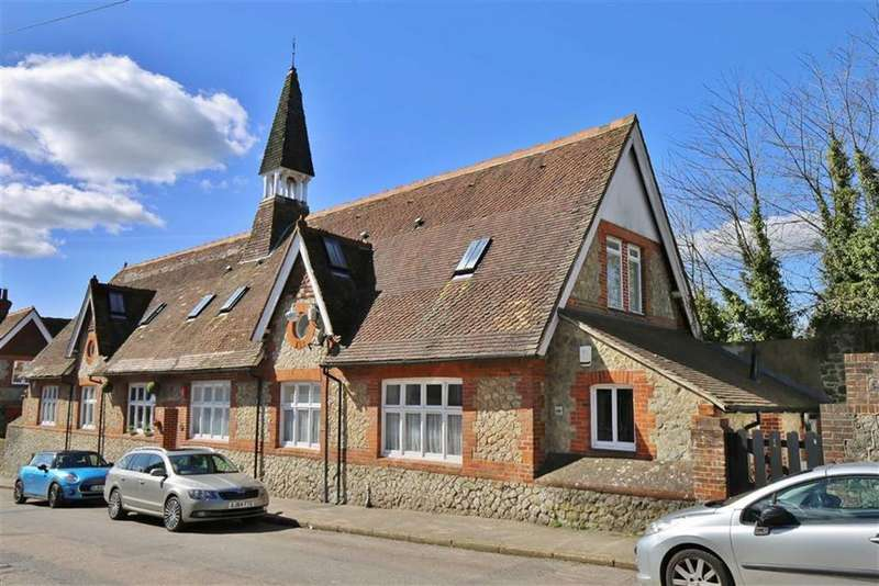 3 Bedrooms End Of Terrace House for sale in Wrotham, Kent