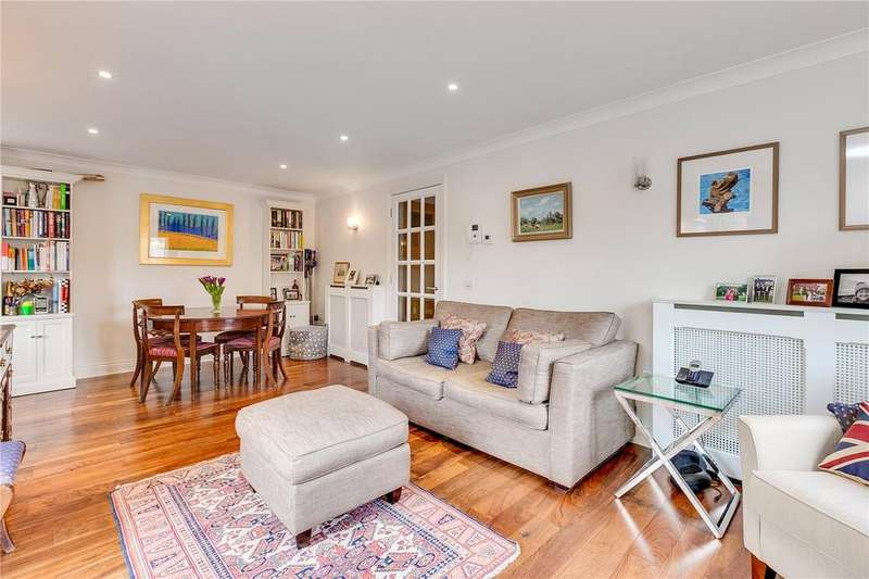 2 Bedrooms Flat for sale in Parsons Green Lane, Parsons Green, Fulham, London