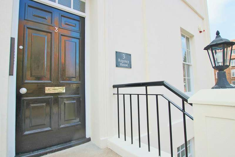 3 Bedrooms Duplex Flat for sale in Grosvenor Square, Southampton