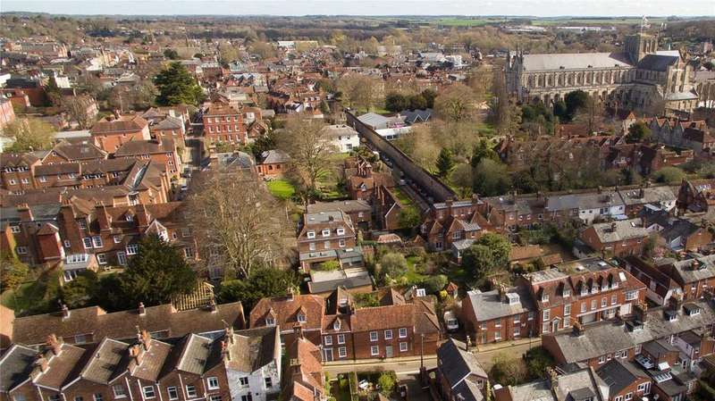 4 Bedrooms House for sale in Canon Street, Winchester, Hampshire, SO23