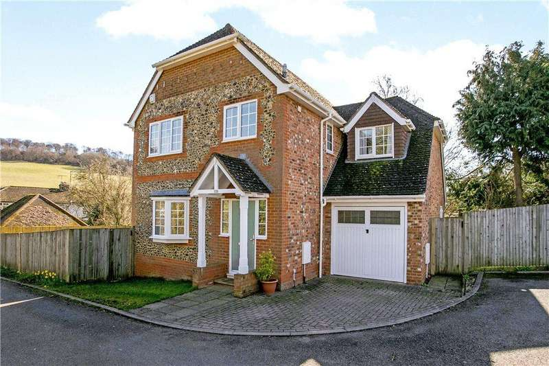 4 Bedrooms Detached House for sale in Bradenham Road, West Wycombe, High Wycombe, Buckinghamshire