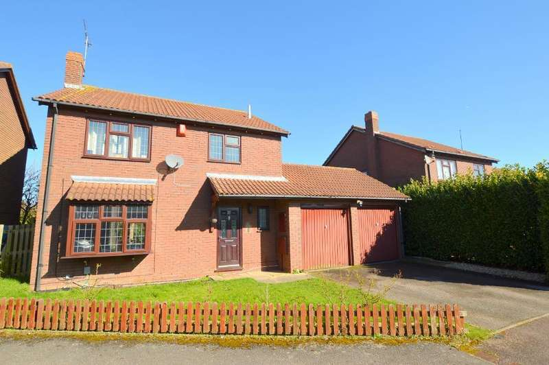 4 Bedrooms Detached House for sale in Cubbington Close, Barton Hills, Luton, LU3 3XJ