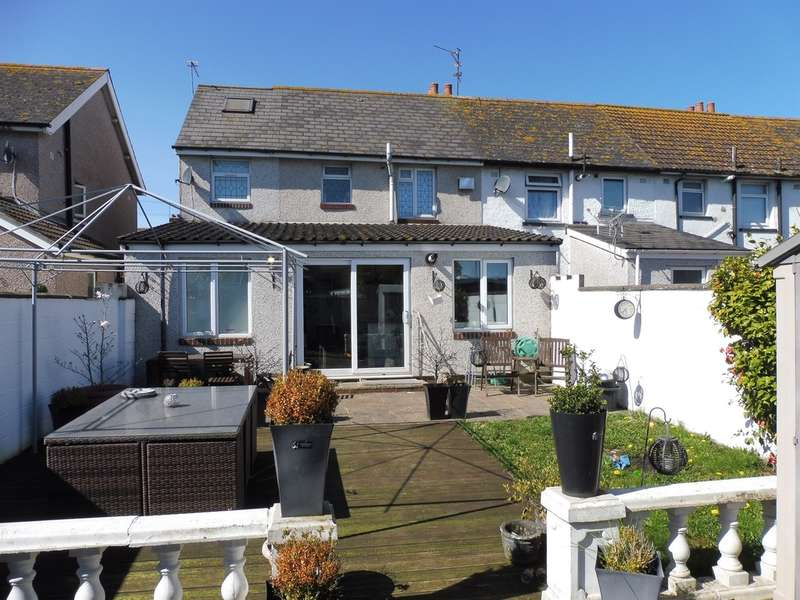 5 Bedrooms Semi Detached House for sale in Mercia Road, Cardiff