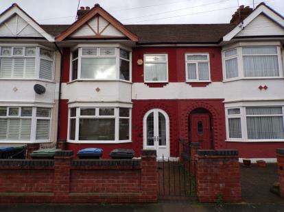 3 Bedrooms Terraced House for sale in Ellanby Crescent, Upper Edmonton, London