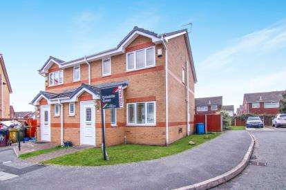 3 Bedrooms Semi Detached House for sale in Douglas Way, Kirkby, Liverpool, Merseyside, L33