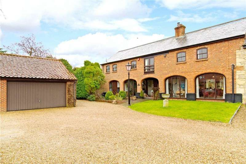 5 Bedrooms Barn Conversion Character Property for sale in Manor Court, Emberton, Olney, Buckinghamshire
