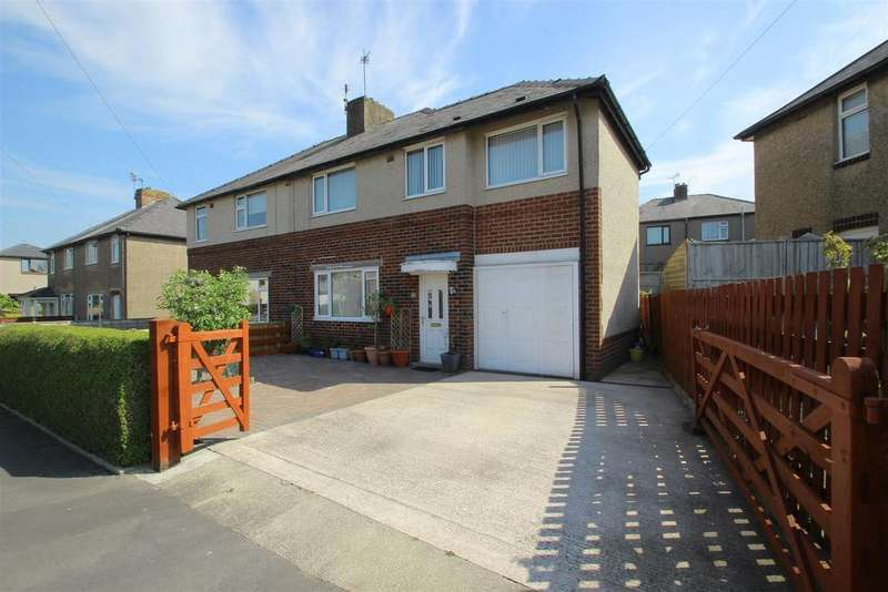 4 Bedrooms Semi Detached House for sale in Faraday Avenue, Clitheroe