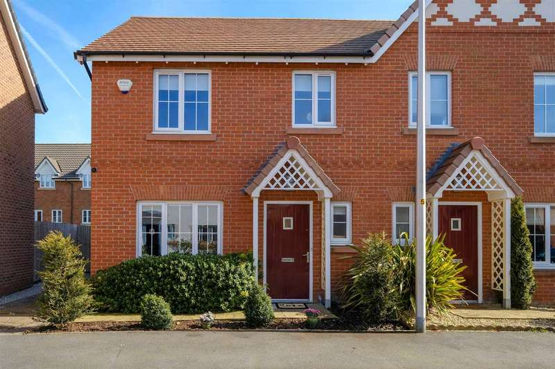 3 Bedrooms Semi Detached House for sale in King Oswald Crescent, Widnes, Widnes