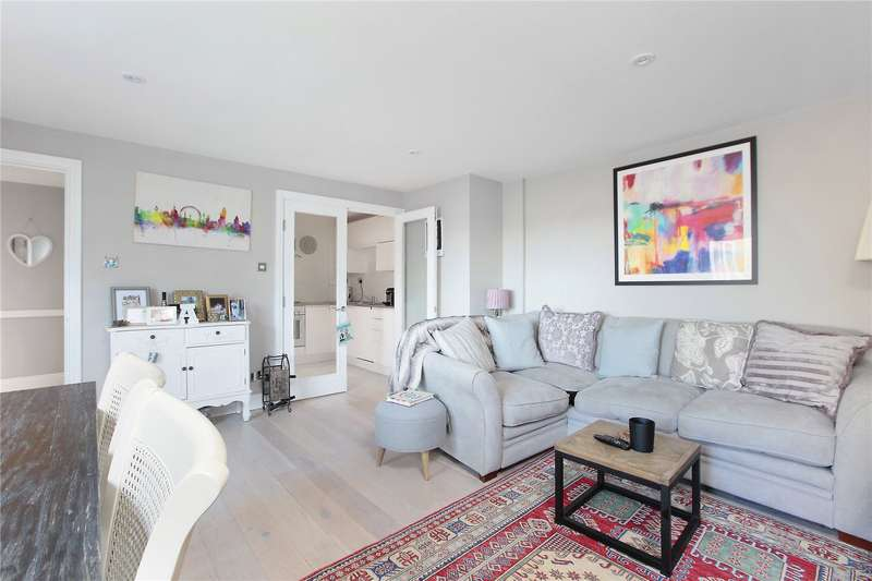2 Bedrooms Apartment Flat for sale in Compass House, Smugglers Way, London, SW18