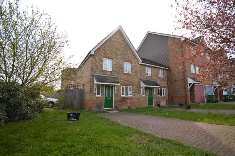 3 Bedrooms House for sale in St Georges Close, Thamesmead
