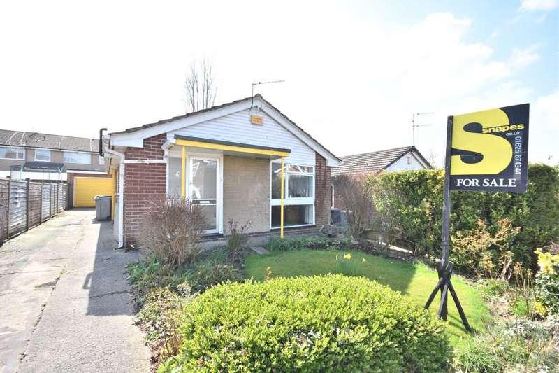 2 Bedrooms Bungalow for sale in MALLARD CRESCENT, POYNTON