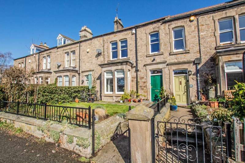 3 Bedrooms Terraced House for sale in Trinity Terrace, Corbridge