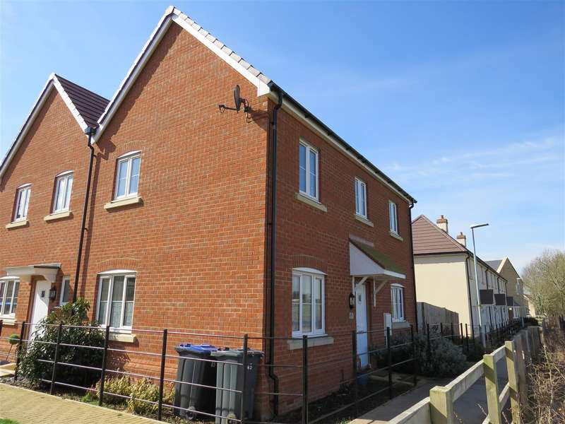 3 Bedrooms Semi Detached House for sale in Bowood View, Calne