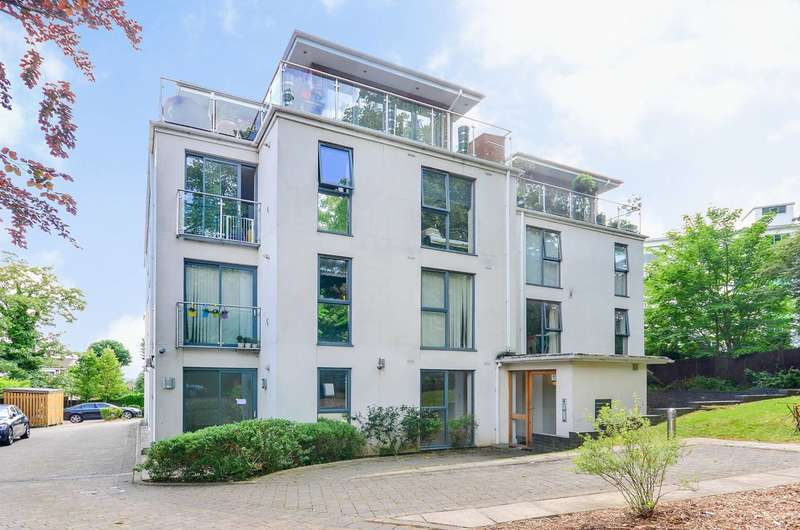 2 Bedrooms Flat for sale in Vantage Heights, Taymount Rise, Forest Hill, SE23