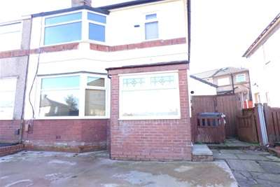 3 Bedrooms Semi Detached House for rent in Monmouth Road, Blackburn