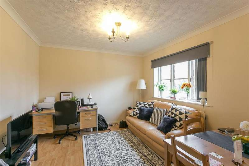 2 Bedrooms Flat for sale in Wallace Street, Spital Tounges, Newcastle upon Tyne