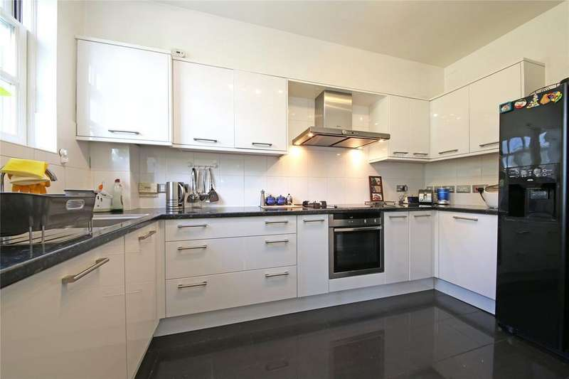 4 Bedrooms Terraced House for sale in Henry Tate Mews, Streatham, SW16