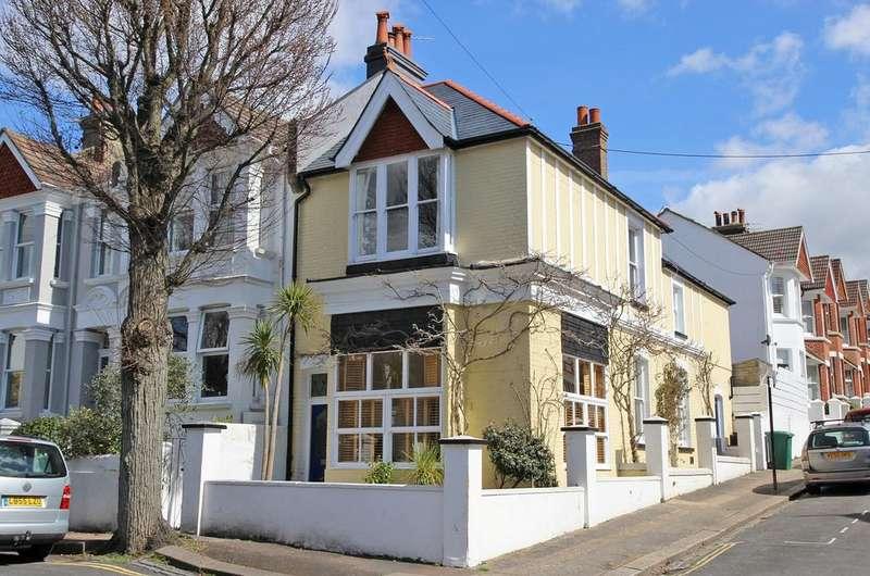 3 Bedrooms End Of Terrace House for sale in Edburton Avenue, Brighton BN1