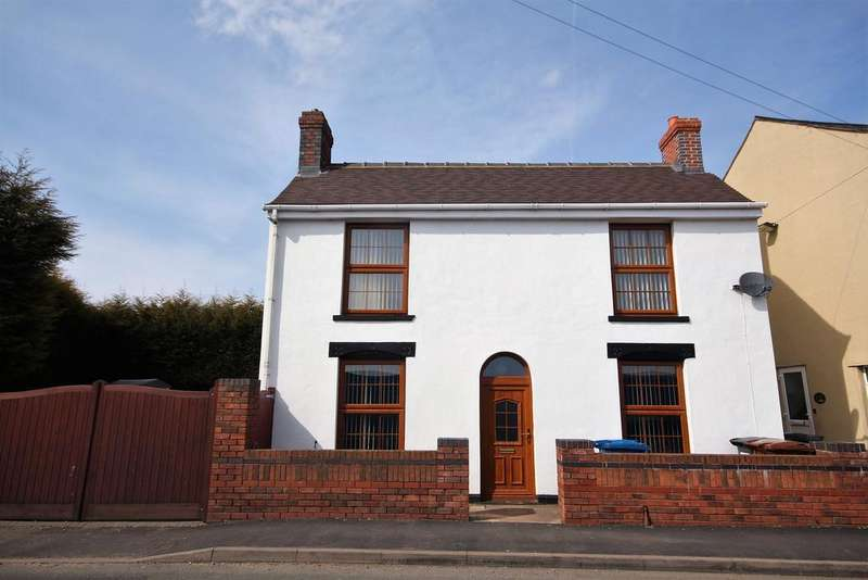 3 Bedrooms House for sale in Queen Street, Burntwood,