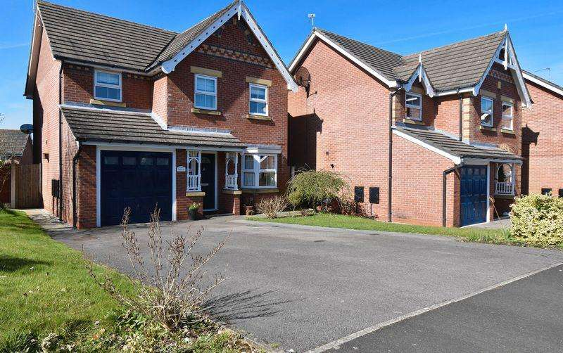 4 Bedrooms Detached House for sale in Chaffinch Close, Congleton