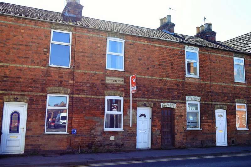 2 Bedrooms Terraced House for sale in Springfield Road, Grantham