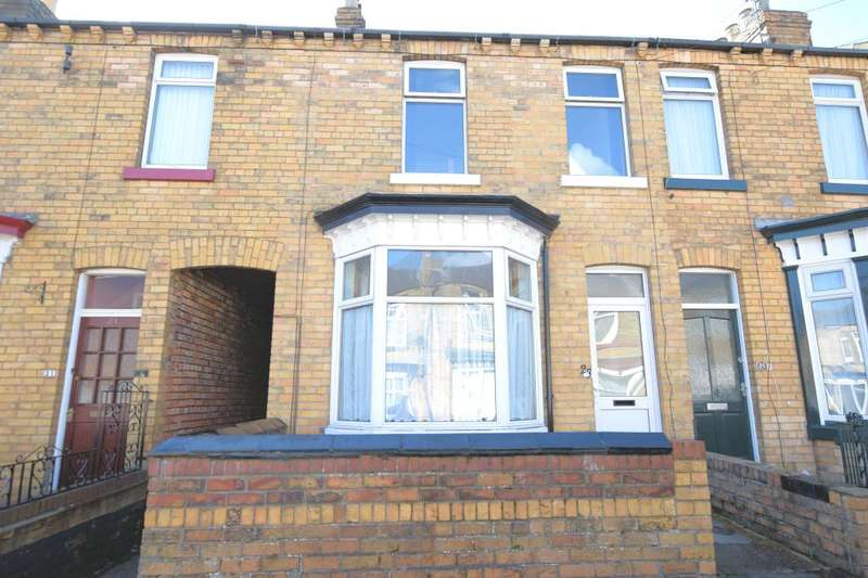 2 Bedrooms Terraced House for sale in Livingstone Road, Scarborough, North Yorkshire YO12 7LH