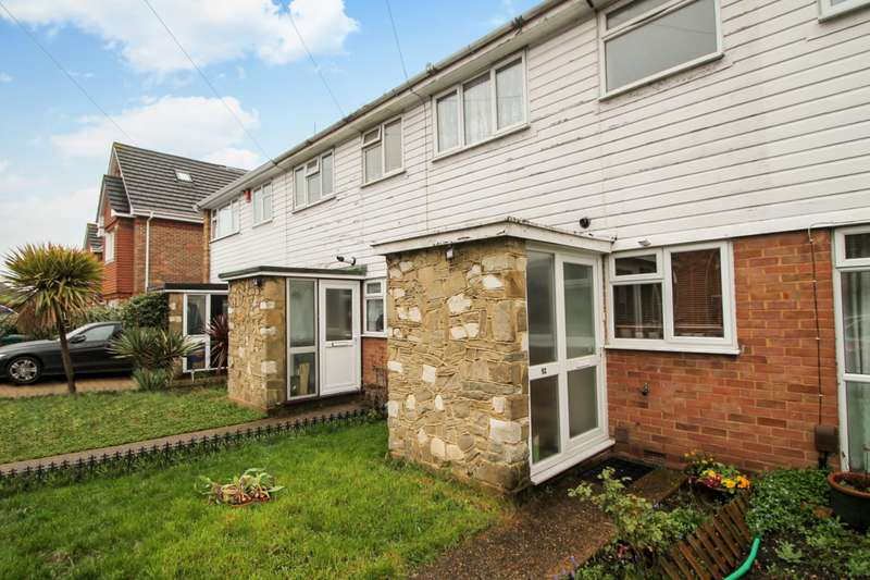 3 Bedrooms Terraced House for sale in Saville Crescent, Ashford, TW15