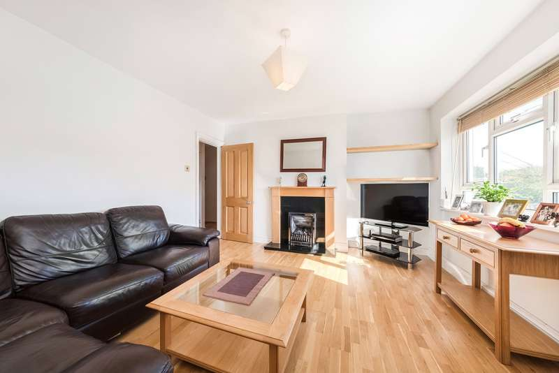 2 Bedrooms Flat for sale in The Lindens, Hartington Road, London, W4