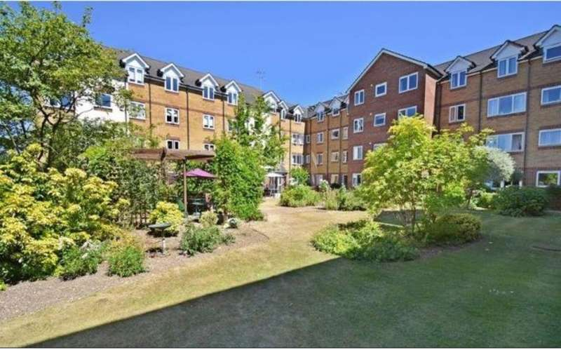 2 Bedrooms Property for sale in Crossfield Court, Lower High Street